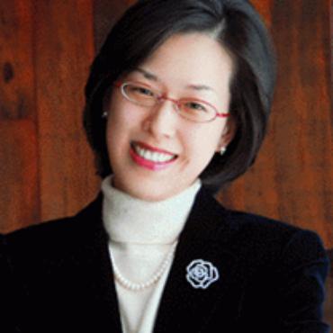 Dr. Elise Choi